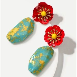 Gorgeous flower earrings
